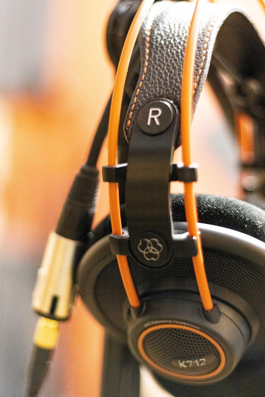 Studio d'enregistrement OHM - casque © Droits réservés - Photographie : Maelwenn LEDUC
