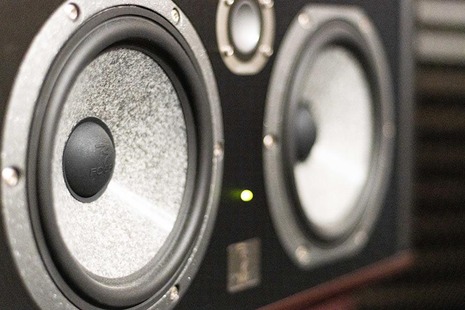 Studio d'enregistrement OHM - hauts parleurs © Droits réservés : Maelwenn LEDUC
